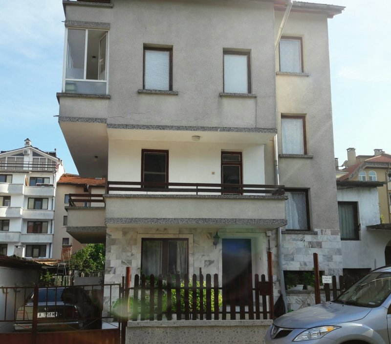 Къща за гости Атанасови