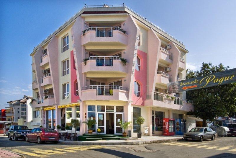 Хотел Радис